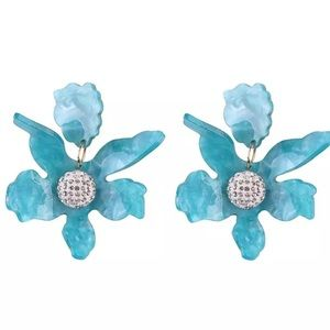 Paper Lily blue clip on earrings
